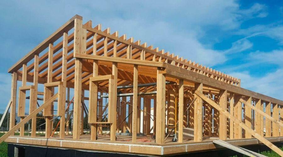 características propiedades y usos de la madera de pino Soria